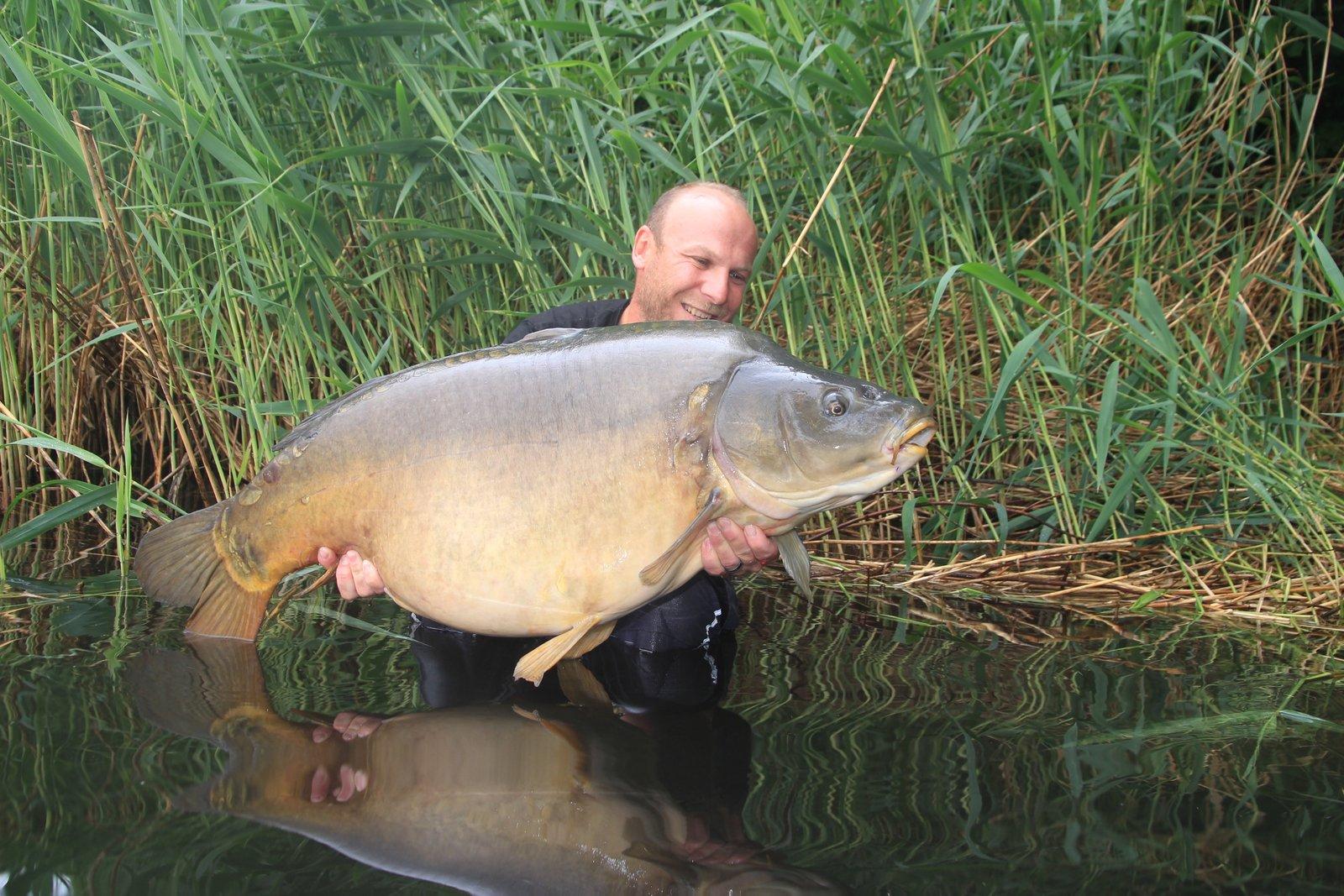 Spiegler 106 cm Lang 27,5 kilo.JPG