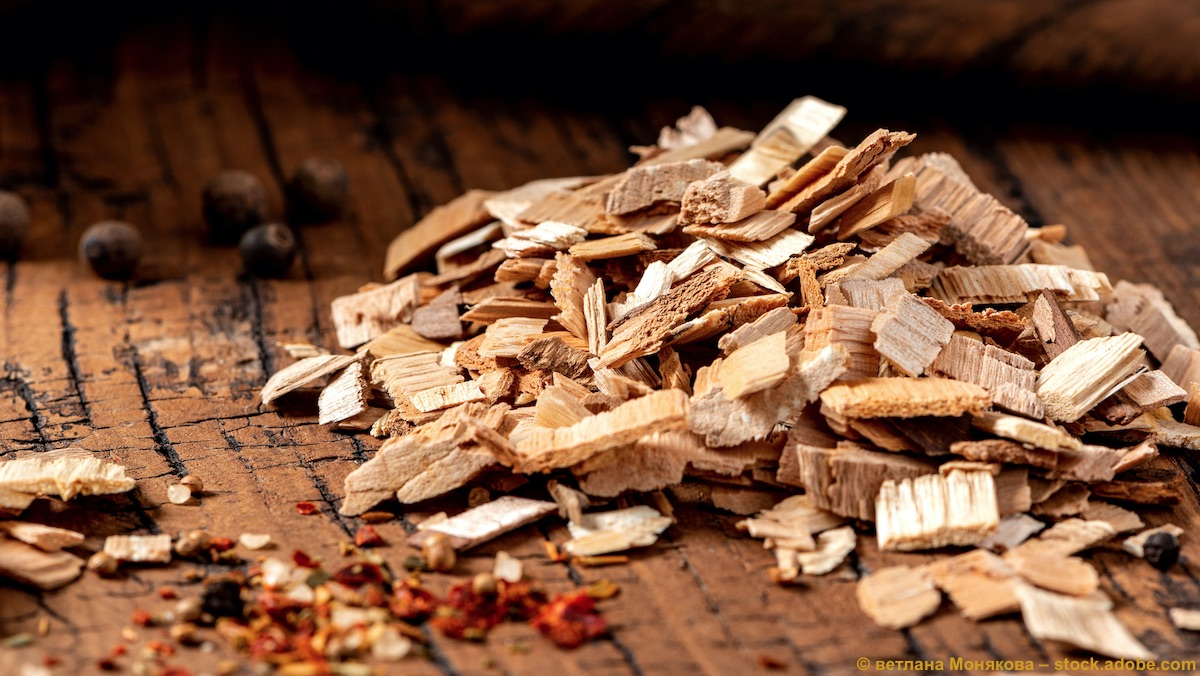 Körnung von Räucherholz